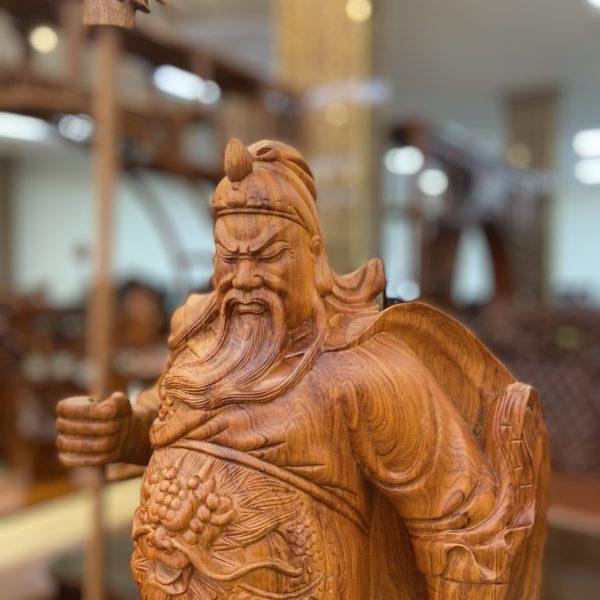 Tượng Gỗ Quan Công hay tượng Quan Vân Trường Gỗ Hương, kích thước: cao 80cm